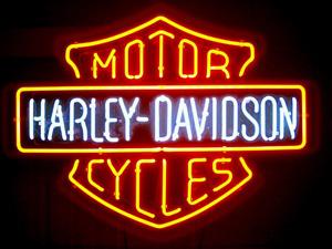 世界的人気のバイクハーレーダビッドソンのロゴの意味について